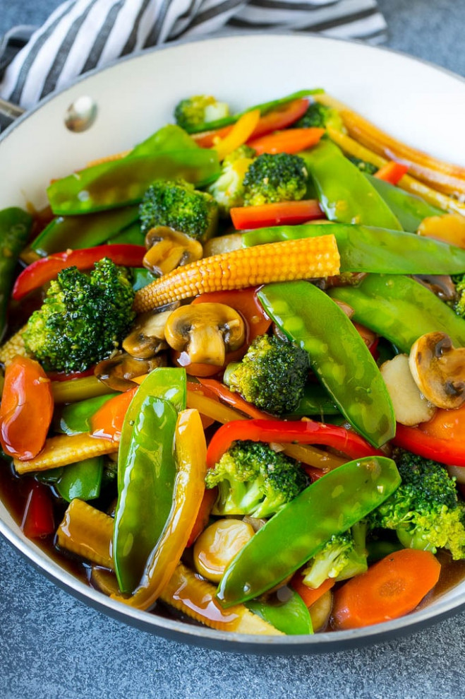 Vegetable Stir Fry - Dinner at the Zoo - recipes with broccoli vegetarian