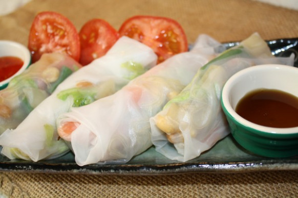 Vegetable Wraps In Vietnamese Rice Paper - Asian In America - Vegetarian Wraps And Rolls Recipes