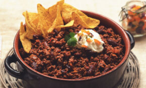 Vegetarian Chili Con Carne Recipe | Quorn US – Recipes With Vegetarian Mince