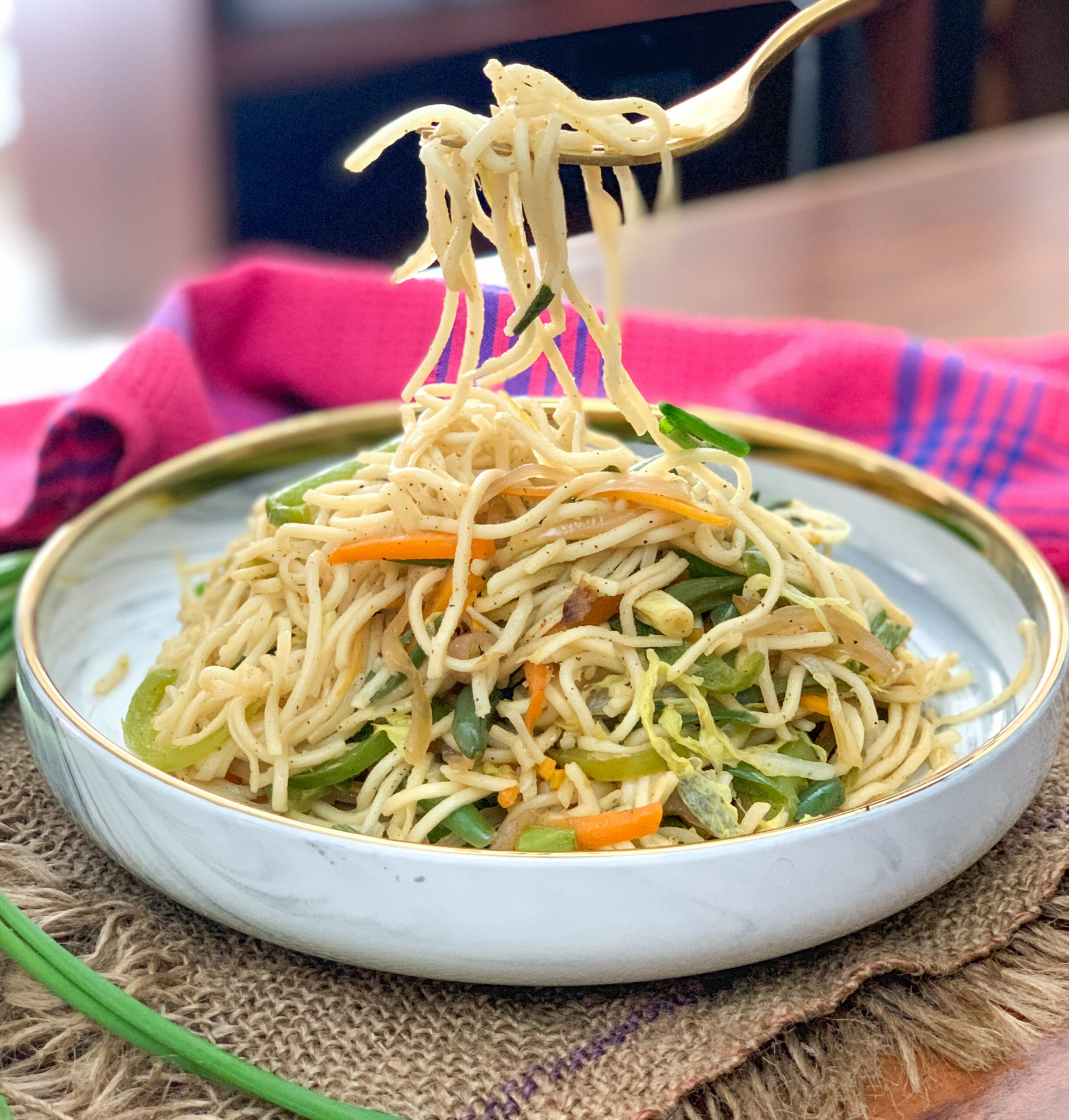 Vegetarian Hakka Noodles -Chinese Chow Mein Recipe - noodle recipes vegetarian