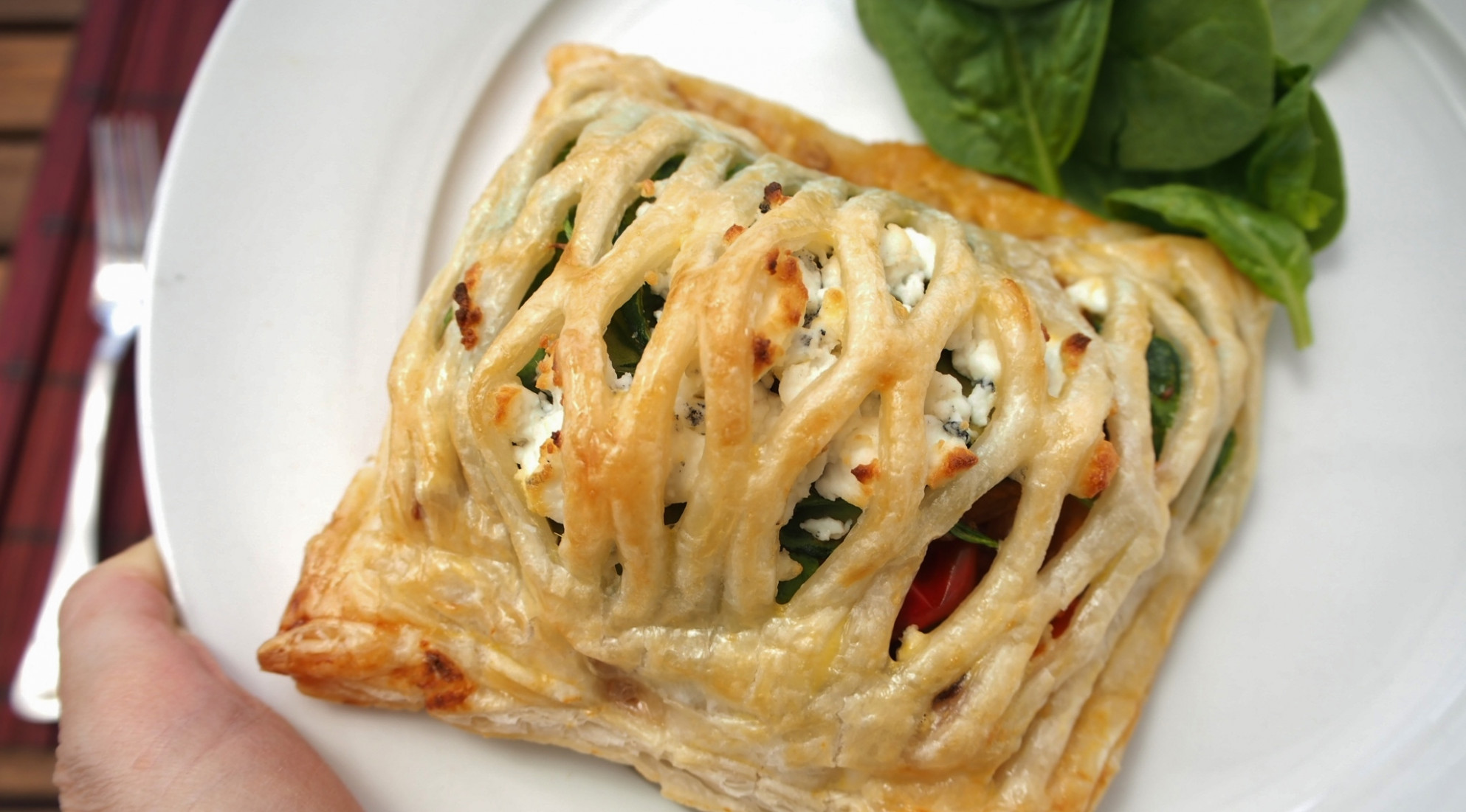 Vegetarian pastry parcels with roast vegetables and goat cheese - recipes using filo pastry vegetarian