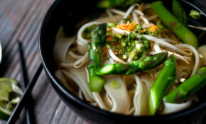 Vegetarian Pho With Asparagus And Noodles – NYTimes