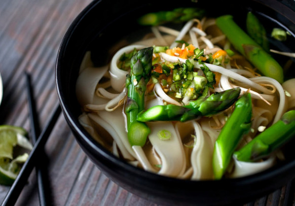 Vegetarian Pho With Asparagus and Noodles - NYTimes