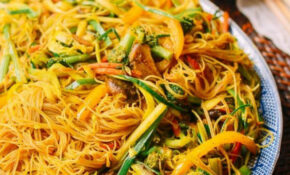 Vegetarian Singapore Noodles | Recipe | Recipes I Want To ..