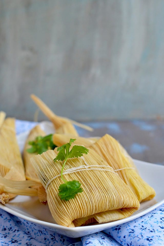 Vegetarian Tamales with Spinach, Corn and Cheese Filling ..