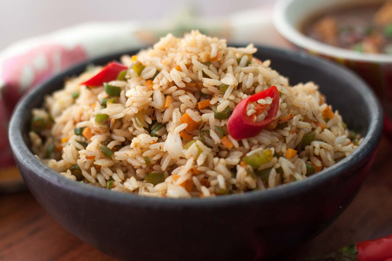 vegetarian thai fried rice - recipe vegetarian fried rice