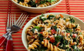 Vegetarian Whole Wheat Pasta With Fried Kale, Tomato Sauce ..