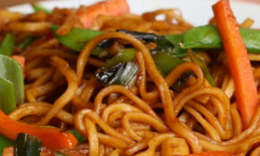Veggie Garlic Noodles | Recipe | vegetarian | Garlic ...