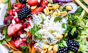 Vietnamese Rice Noodle Salad With Berries – Healthy Noodle Recipes