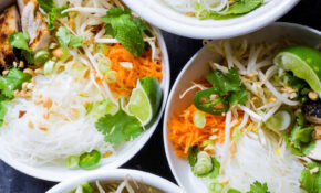 Vietnamese Style Noodle Bowls With Chicken – Vietnamese Food Recipes Easy