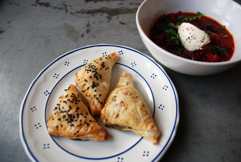week 6 / day 3: börek & borscht - recipes using filo pastry vegetarian