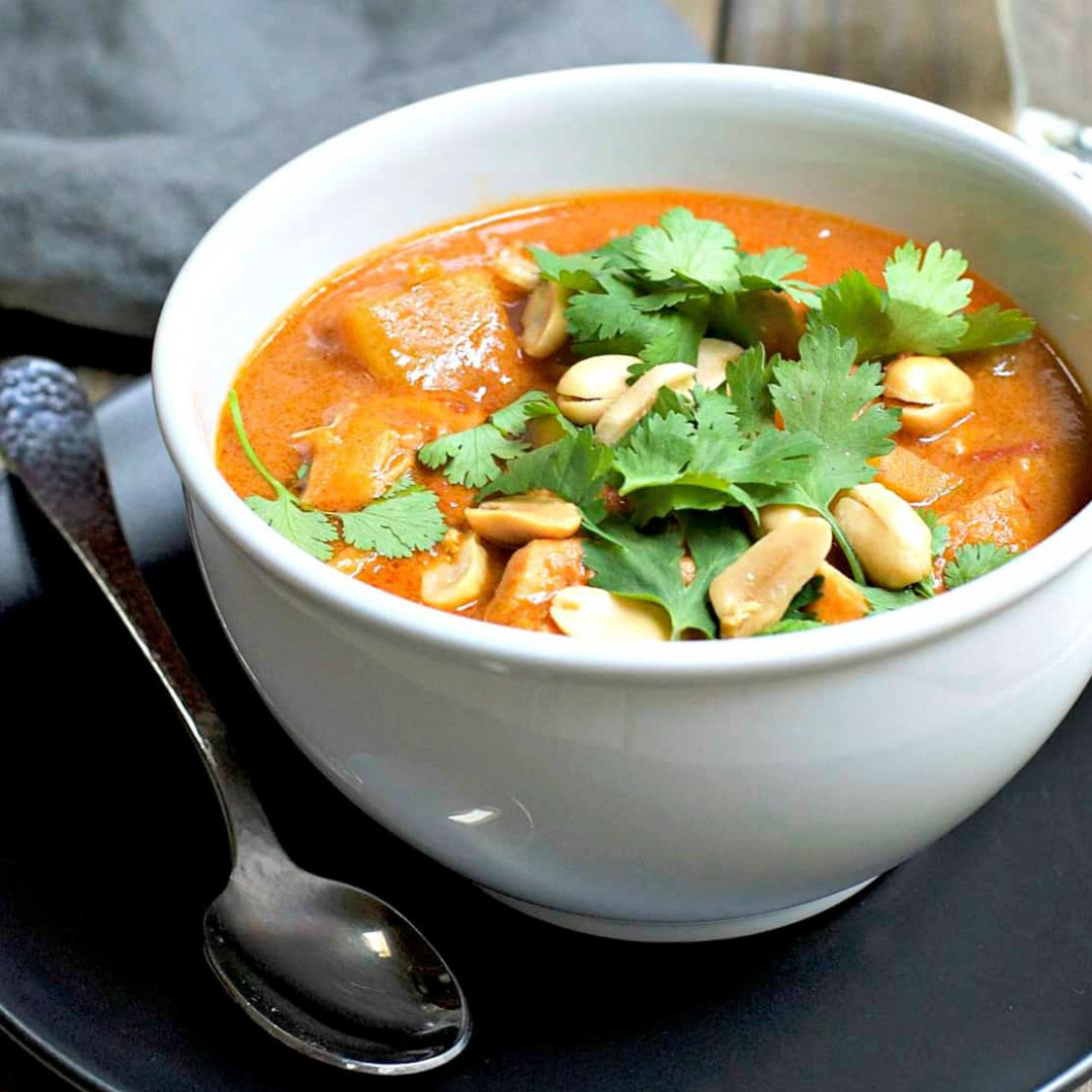 West African Peanut Soup With Chicken - African Recipes Chicken