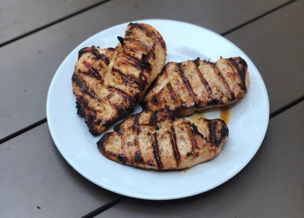 White BBQ Grilled Chicken Recipe - A Foodie Stays Fit - Recipes Leftover Grilled Chicken