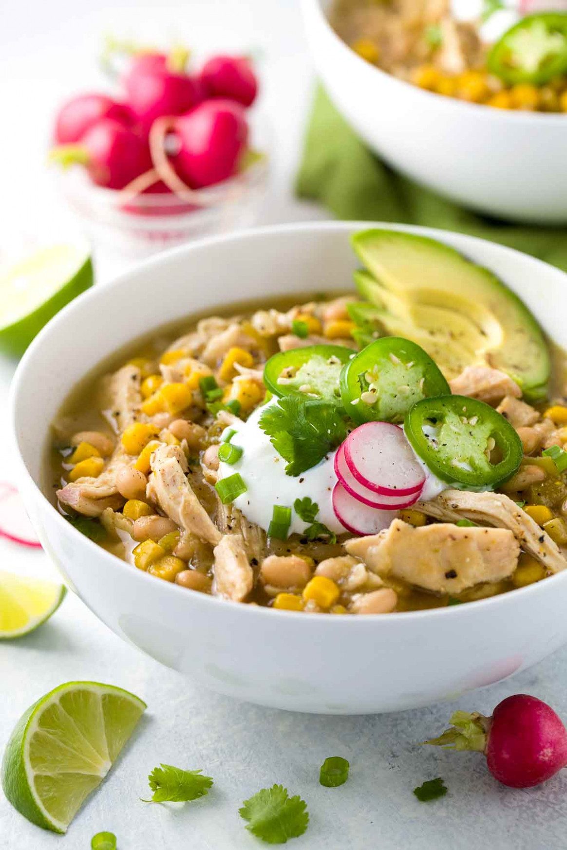 White Bean Chicken Chili Crockpot Recipe | Jessica Gavin - Recipes Legumes Healthy