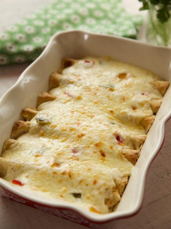 White Chicken Enchiladas Recipe | Ree Drummond | Food Network - ree drummond recipes chicken