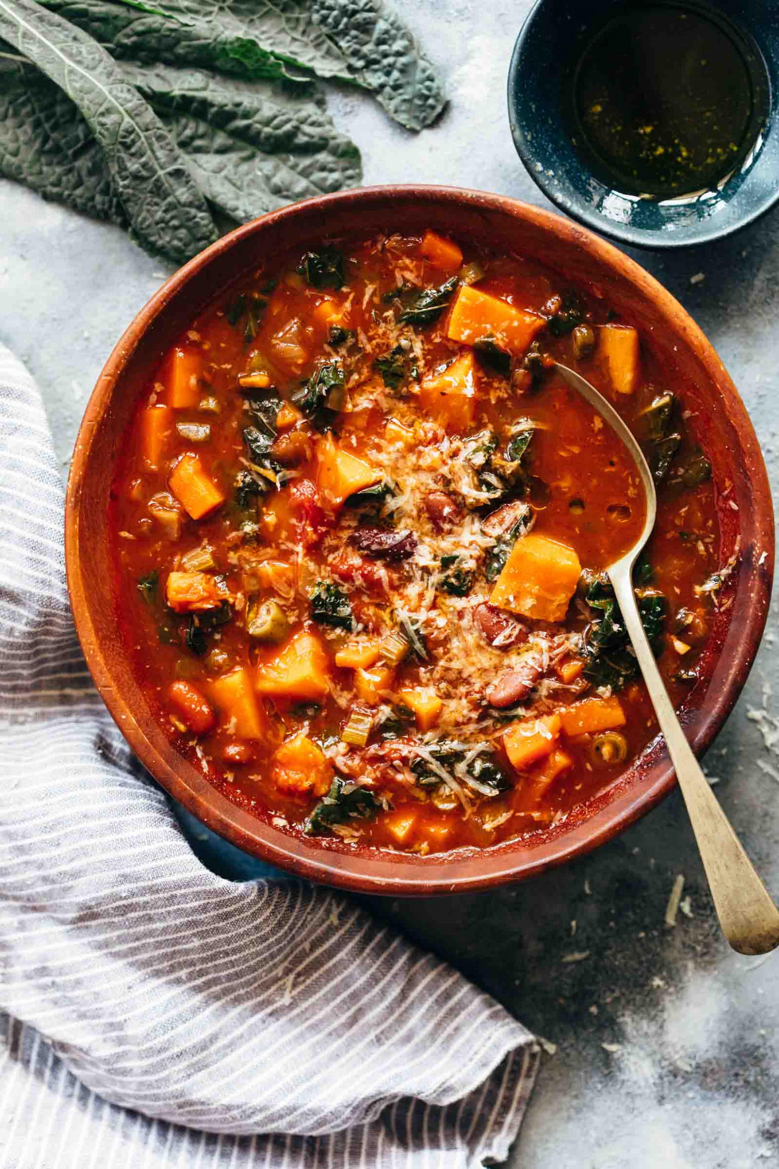 Winter Vegetarian Minestrone Soup - recipes vegetarian winter