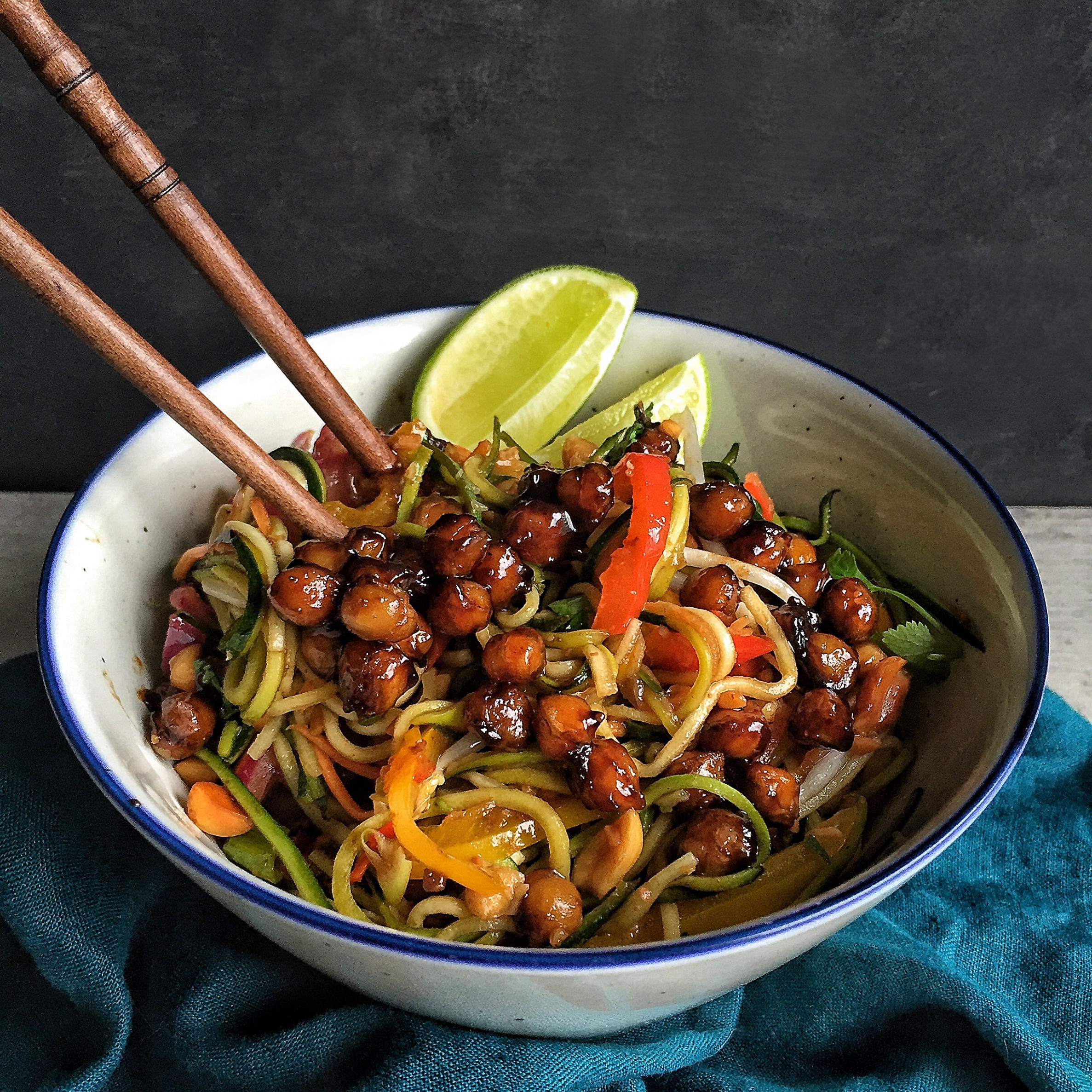 Zoodle Pad Thai with Tamarind Roasted Chickpeas (Vegetarian ..