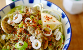 Zoodles with lentils and mushrooms - vegan zucchini noodle ...